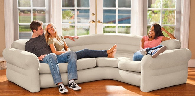 надувной угловой диван
