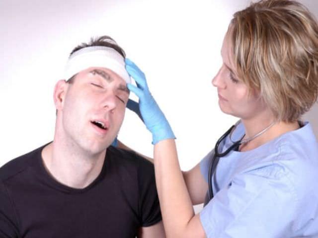 Медицинская помощь при травме головы