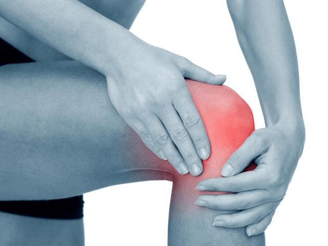 Диагностика и лечение ушиба колена