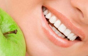 придерживаться белой диеты после отбеливания зубов
