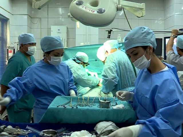 В операционной комнате