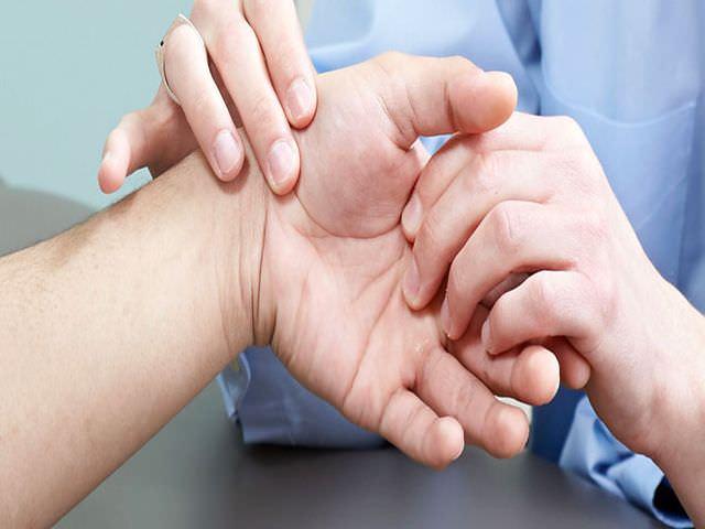деструктивно-дистрофическое заболевание суставов пальцев рук