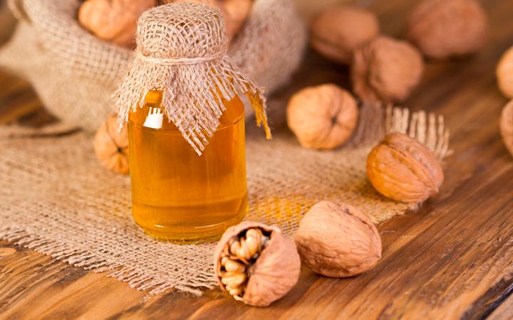 Грецкие орешки с медом