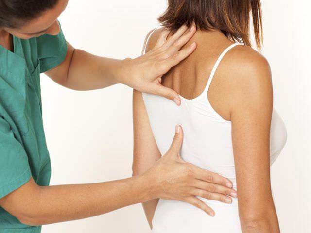 Симптомы и лечение болезни позвоночного столба