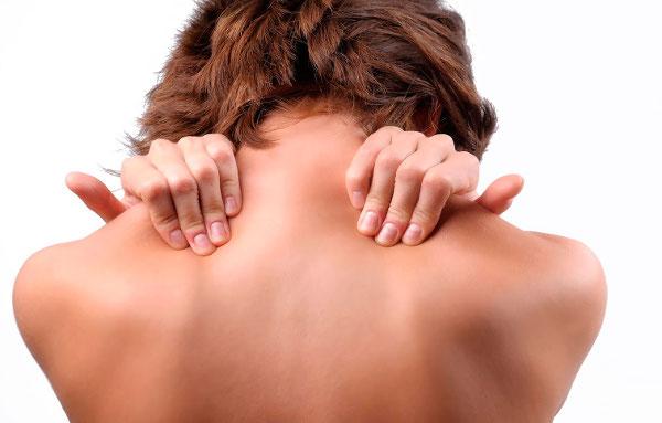 Боли в шее при остеохондрозе