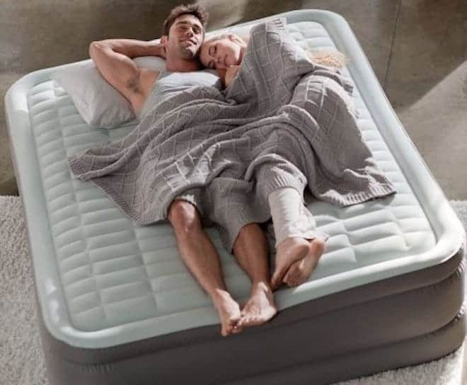 монолитные надувные кровати