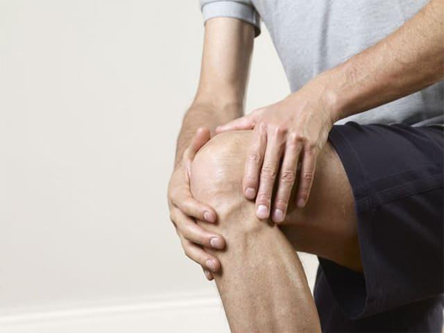Боль в коленном суставе при сгибании и разгибании