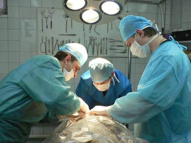 Хирургическое вмешательство при сильных ожогах