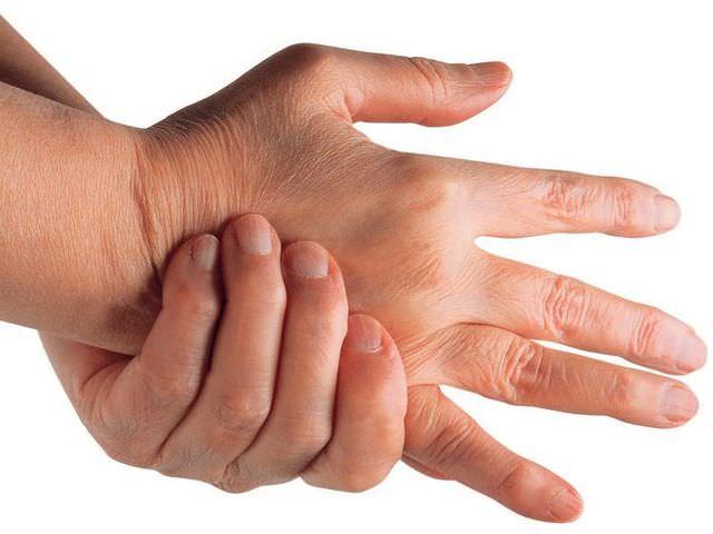 заболевание суставов рук