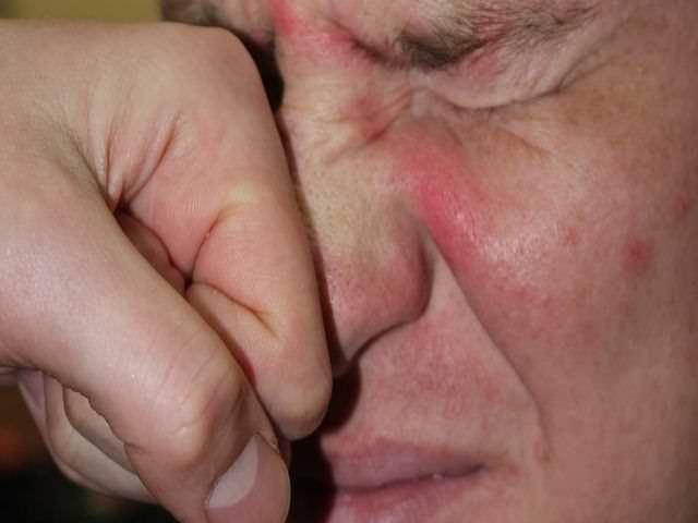 разрушение носовой перегородки
