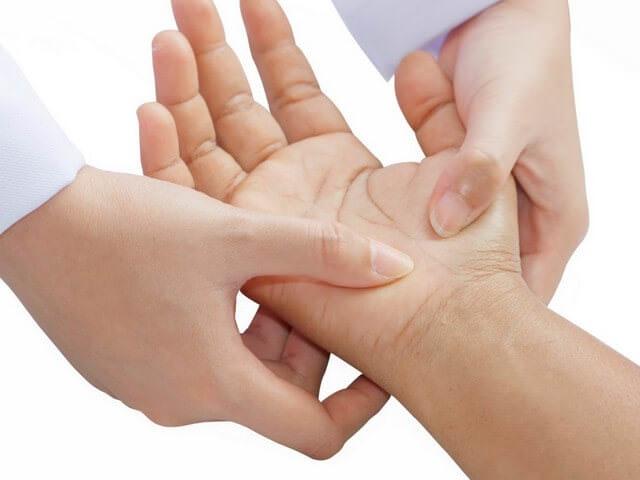 Обследование руки