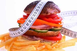 Жирная еда способствует повышению холестерина